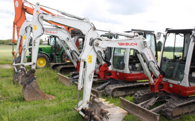 Mini Digger hire from £80 per day!